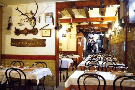 o-meu-lar-que-se-cuece-en-barcelona-bcn-restaurantes-taberna-gallega-12